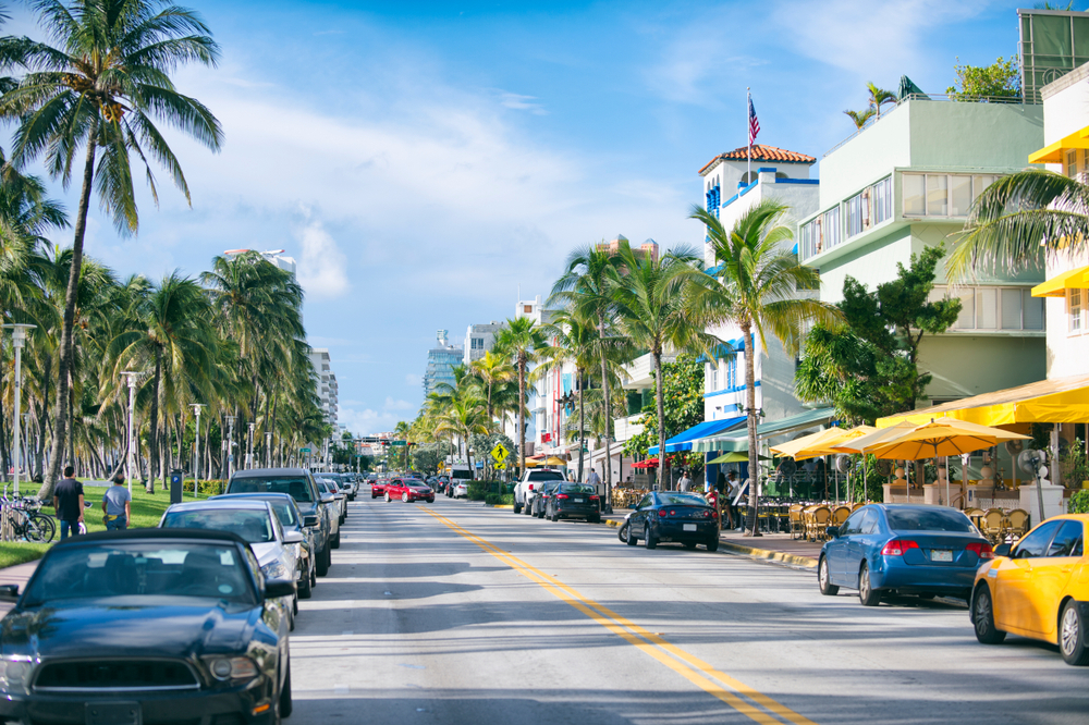 Is it Safe to drive around Miami ?
