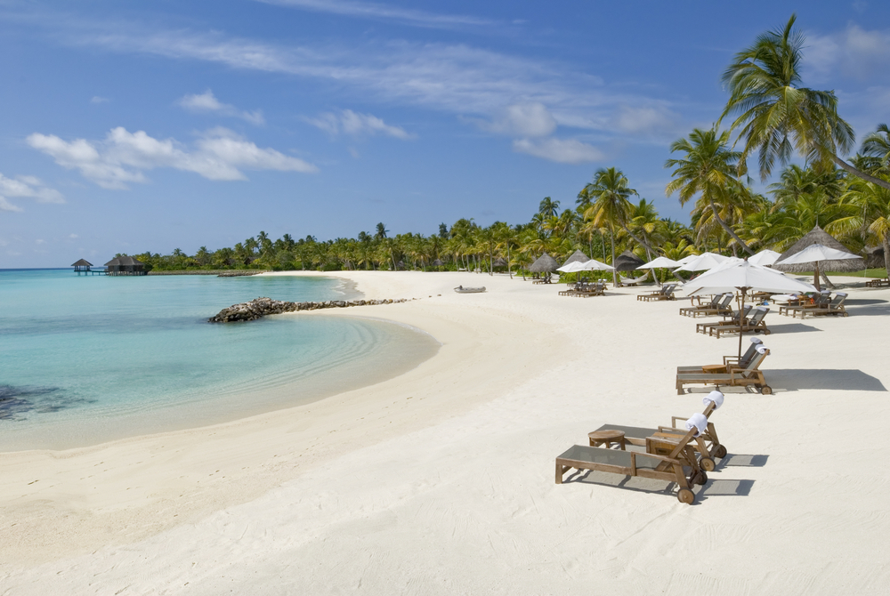 Reethi Rah Beach withmagnificent sea view