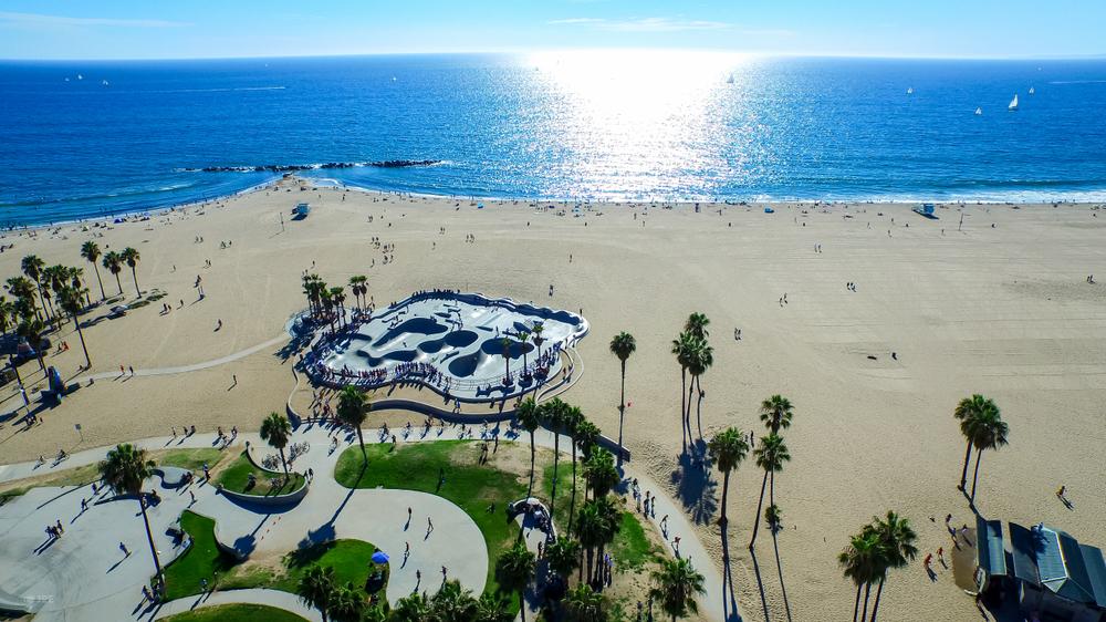 Top 13 beautiful places to visit in Los Angeles - Venice Beach Boardwalk