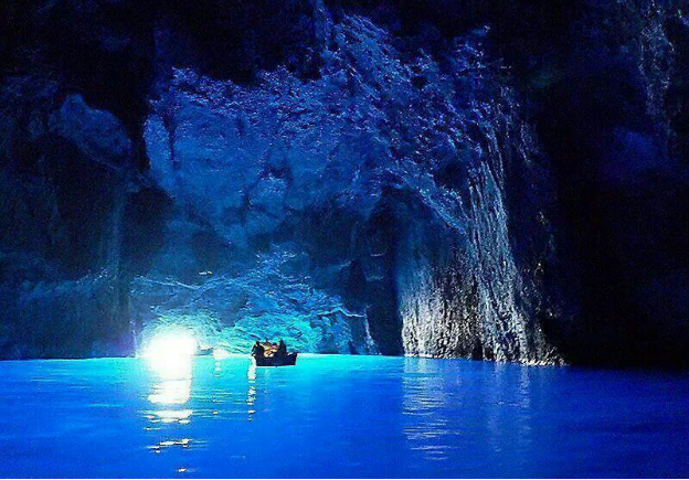 4. Explore Blue Grotto Cave in Southeast Malta