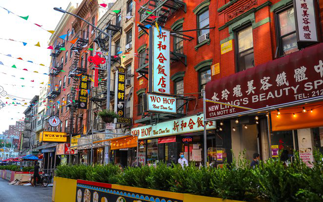 Pay a visit to Little Italy and Chinatown