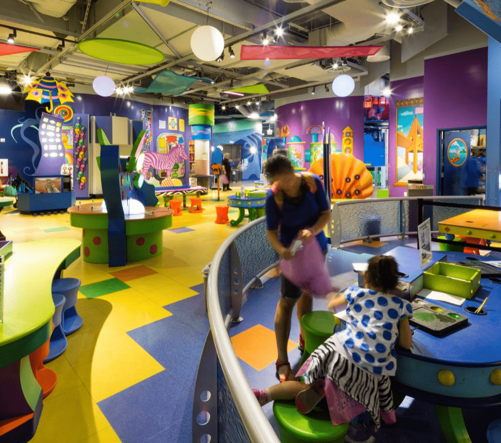 9. Take your little ones to the Children's Discovery Museum :